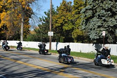 Enjoying Indian Summer (Cragin Spring) Tags: trees people usa fall fence illinois unitedstates unitedstatesofamerica motorcycles bikes richmond harley il bikers indiansummer route12 mchenrycounty richmondil northernillinois usroute12 richmondillinois