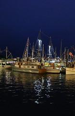 Victoria Inner Harbour, Victoria, British Columbia (Photomu 10) Tags: nightscene reflectionoflight victoriainnerharbor