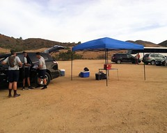 007 The Day's Encampment (saschmitz_earthlink_net) Tags: california cars parkinglot hills orienteering aguadulce vasquezrocks losangelescounty 2015 jrotc laoc losangelesorienteeringclub popupcanopy
