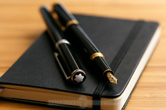 Two Montblanc Noblesse Oblige Pens (M Prince Photography) Tags: pen fountainpen pens montblanc noblesse ballpointpen noblesseoblige oblige mprincephotography