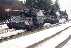 "Panzerhaubitze 2000  5 • <a style=""font-size:0.8em;"" href=""http://www.flickr.com/photos/81723459@N04/23883811565/"" target=""_blank"">View on Flickr</a>"