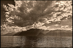 Festival Images Vevey . 25.9.16 , 15:13:58. No. DSC_4158. (Izakigur) Tags: vevey lac lake lacleman boat clouds switzerland france festival flickr myswitzerland musictomyeyes romandie swissromande swiss switzerlnad fixyou coldplay vaud cantondevaud