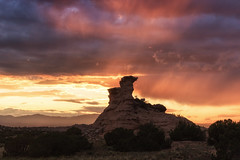New Mexico Sunset ([ raymond ]) Tags: landscape nambe sunset newmexico light rock cliff butte desert nature weather awesome 0b5a6406