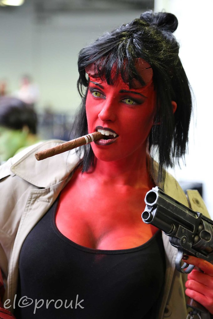 hell girl elcoprouk tags lady woman halloween costume role play hellboy hellgirl comic