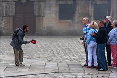 Face  faces... (leonhucorne) Tags: saintjacquesdecompostelle espagne street mendiant travel voyage flickrtravelaward
