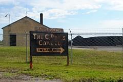C. Reiss Coal Company, Duluth Minnesota (Cragin Spring) Tags: duluth duluthminnesota duluthmn minnesota mn midwest unitedstates usa unitedstatesofamerica rust rusty sign creisscoalcompany coal industry building arrow