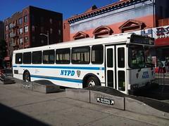 20161014_111954 (GojiMet86) Tags: mta green lines service nyc new york city bus buses 1999 orion v suburban 720 1712 5895 9831 nypd lexington avenue 125th street