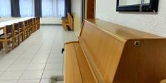 Klavier in einem Seminar-Raum Jugendherberge Oberwesel