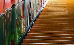Départ Funiculaire TIBIDABO (Pi-F) Tags: escalier couleur funiculaire transport urbain barcelone espagne catalogne couleurs tag tibidabo tourisme visite