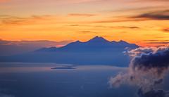 Good Morning Rinjani (Castelaze_Studio) Tags: rinjani indonesia indonesie mount mont mountain mountains volcano volcan lombok bali sunrise yellow sun sea clouds epic castelaze canon asia asiatrip
