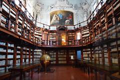 Biblioteca Classense (angelsgermain) Tags: biblioteca library books shelves bookcases decoration paintings artworks baroque 17th18cents architecture abbaziacamaldolese bibliotecaclassense ravenna emiliaromagna italia italy