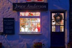 Re: Joyce (ianwyliephoto) Tags: corbridge northumberland tynevalley christmas lights festive sparkling twinkle 2016 community