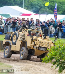 Supacat HMT400 Jackal scout car - Tankfest 2016 (Jukka O. Kauppinen's dump pit) Tags: tankfest wargaming thetankmuseum bovington worldoftanks tanks parhaus reissussa juhannus soviet german us usa worldwar2 ww2 oldtanks britain england uk supacat jackal vehicle recon armoured reconnaissance assault support