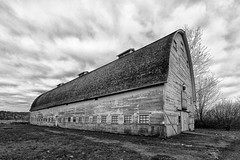 (One of the) Twin Barns (coyote and the gypsy) Tags: barn historic washington nisquallynwr