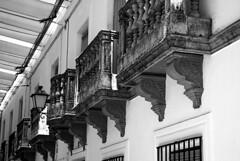 Balcones (PrimiFer) Tags: balcones balcon balcony byn bw blanco negro cr ciudad real spain nikon d80 black white