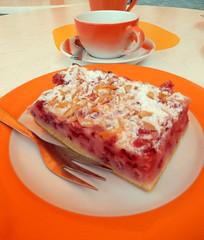Coffee Break (Antropoturista) Tags: food orange cup cake germany deutschland fork naranja oranje kuchen badenwrttemberg badwimpfen
