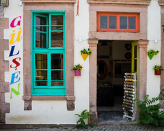 Colourful shop (Fanis Mantzouranis) Tags: street shop turkey 2015