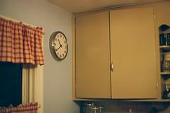 Kitchen (mattheuxphoto) Tags: test film 50mm kodak olympus om olympusom1