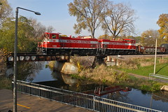 Madison, Wisconsin (UW1983) Tags: trains railroads wisconsinsouthern wsor mp15ac l469 madison wisconsin