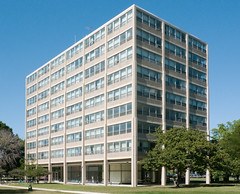 IIT Late Summer 2016 (faasdant) Tags: carman hall 1195153 residence dorm dormitory mies van der rohe architect modern modernism iit chicago illinois institute technology school college brick glass concrete