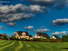 Little Village (GerWi) Tags: village dorf outdoor himmel sky wiese felder