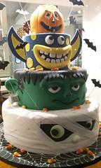 Monster Cake (edenpictures) Tags: halloween mummy frankenstein decorated empirecake bakery bats manhattan newyorkcity nyc