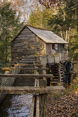 Cable Grist Mill (Dailyville) Tags: gristmill cablegristmill mill autumn leaves water wheel outdoor dailyville tennessee ohiofoothills