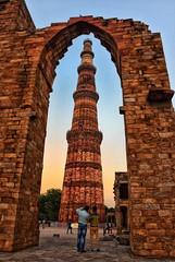 Framing the Minar (Br@jeshKr) Tags: delhi unesco framing brajeshart india architecture newdelhi mehrauli mughal qutub