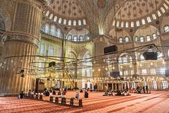 Sultan Ahmet Camii (Pankcho) Tags: travel tourism canon turkey interior muslim islam religion pray istanbul mosque viajes tiles mezquita inside sultan bluemosque turismo sultanahmet azulejos estambul turquía rezo camii ahmet mezquitaazul musulmán