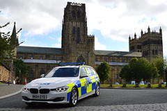 NK64 EYO (S11 AUN) Tags: castle car durham traffic cathedral police bmw vehicle roads emergency durhamcity touring unit 999 3series countydurham codurham rpu constabulary policing 330d xdrive anpr nk64eyo