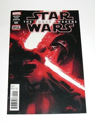 marvel star wars episode VII the force awakens issue 5 december 2016 comic (tjparkside) Tags: star wars force awakens comic book marvel 2016 issue five 5 wendig ross martin kylo ren sith helmet mask lightsaber cross guard crossguard comics books direct edition digital download ep episode 7 seven tfa dec december luke skywalker jedi knight knights lightsabers han solo ben death kill killed