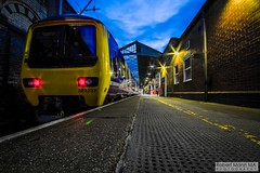 CreweRailStation2016.10.22-73 (Robert Mann MA Photography) Tags: crewerailstation crewestation crewe cheshire station trainstation trainstations train trains railway railways railwaystation railwaystations railstations railstation virgintrains virgintrainspendolino class390 class390pendolino pendolino northern northernrail class323 eastmidlandstrains class153 class350 desiro class350desiro arrivatrainswales class158 towns town towncentre crewetowncentre architecture nightscapes nightscape 2016 autumn saturday 22ndoctober2016 londonmidland