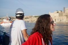 Leaving Malta (bukovo) Tags: dignityi malta boat barco woman man sailor marinero msf