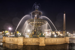 Fontaine des Fleuves, Paris (Michel Couprie) Tags: france paris night nuit water architecture oblisque reflection wideangle statue street streetlamp art sculpture flare longexposure canon eos couprie tse24mmf35l fontaine fountain concorde placedelaconcorde fontainedesfleuves