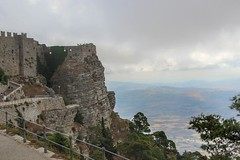 Erice - Castello di Venere (nican45) Tags: 09092016 18270 18270mm 18270mmf3563diiivcpzd 2016 9september2016 canon dslr eos70d erice italia italy middleages slr september sicilia sicily tamron castle medieval stone view