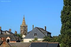 Combourg (12) (roland dumont-renard) Tags: bretagne ileetvilaine combourg chateaubriand glise clocher flche pierre toits ardoise