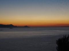 Beautiful early morning. (Ia Lfquist) Tags: crete kreta vandra vandring hike hiking walk walking sunrise soluppgng dawn gryning sea hav