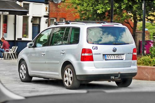 Volkswagen Touran 2.0 TDi - 9313 HDS - Spain
