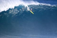 IMG_2063 copy (Aaron Lynton) Tags: surfing lyntonproductions canon 7d maui hawaii surf peahi jaws wsl big wave xxl