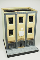 Apple store (Yubnub.) Tags: lego moc applestore store