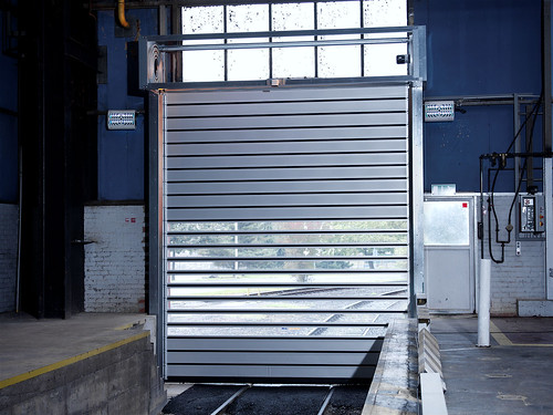 Спиральные скоростные ворота. Спіральні швидкі ворота. Hi speed spiral doors. EFAFLEX_Rasselstein_051_1.1