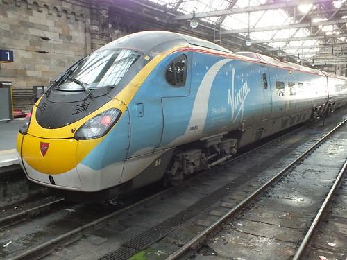 390013 Penguillino Virgin Trains West Coast in Glasgow