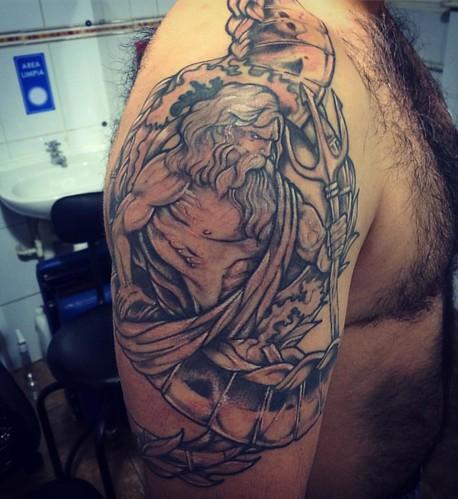 Poseidón terminado 🙌⚡️🌊 #best #tatuaje #chile #characterdesign #poseidon #tattoo #tattoos #tatoo #tatuaje #tatuajes #tattooed #tattoolife