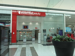 Noarlunga Centre - Essential Beauty (RS 1990) Tags: adelaide southaustralia october 2016 colonnades noarlunga shoppingcentre former dicksmith essentialbeauty