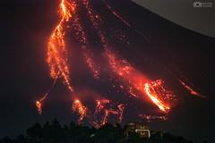 Actividad Efusiva del Volcn de Colima la madrugada del 8 de Octubre 2016 (Christian Villicaa (Fotografa)) Tags: volcandecolima volcan volcano lava colima comala mexico