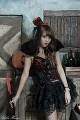 DSC_7408 (Robin Huang 35) Tags: 孫卉彤 candy miruna萬聖風 小惡魔 吸血鬼 vampire 萬聖節 halloween 棚拍 lady girl d810 nikon devil