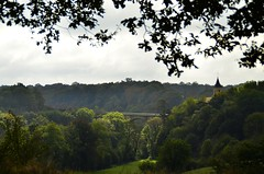 Pierre Perthuis_pont sur la Cure2 (stefou21) Tags: nikon d7000 france bourgogne pierreperthuis pont glise bridge village church fort forest arbres trees vert green campagne country