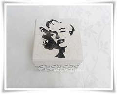 porta batom (Galeria Mimos e Artes) Tags: camiseta pintura mdf camisetas pinturaemmadeira pinturaemmdf camisetapintada
