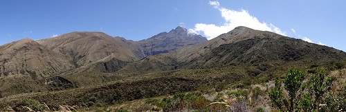 Cotacachi depuis le lac Cuicocha - Volcan d'Équateur