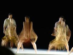 Danse 037 (HL_btz) Tags: light motion modern composition dancing dancer danse harmony biarritz mouvement lumire exterieur helenelabroussebtz